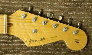 クリーニング後のギター1